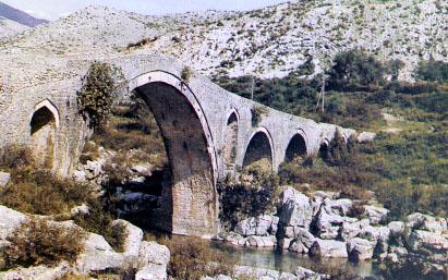 Viaggiare in Albania, contro i pregiudizi