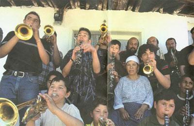 Turchi di Macedonia, un po' suonatori, un po' sciamani