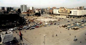 Come districarsi nella giungla urbanistica di Tirana