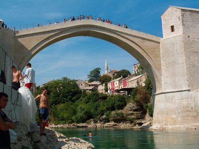Un ponte è un ponte