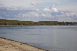 Lungo il Danubio, con lentezza.