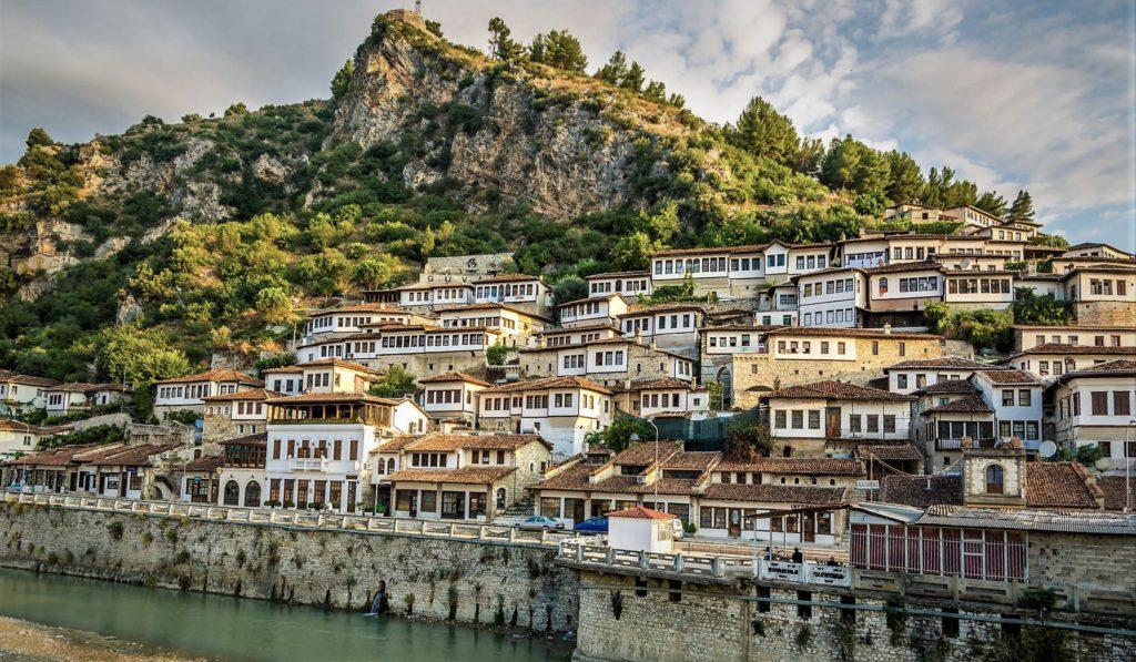 ALBANIA, QUANDO L'ADRIATICO UNISCE – PASQUA 2018